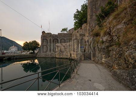 South Gate, Kotor