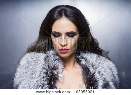 Beauty portrait of a young and gorgeous woman