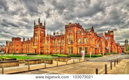 View Of Queen's University In Belfast - Northern Ireland