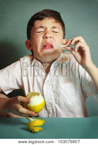 Preteen Boy Bite Sore Lemon Make Grimace
