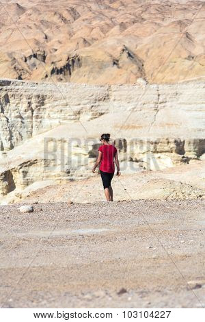 Woman Goes In The Desert