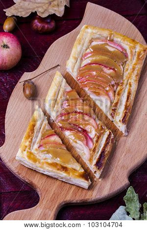 Puff Pies With Apples