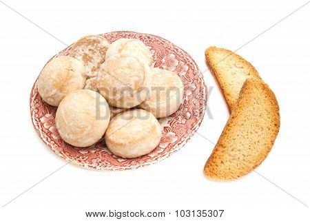 Gingerbreads On A Plate And Two Crackers
