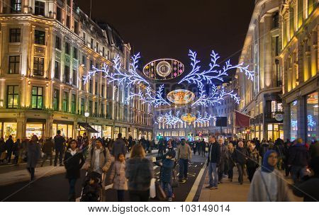 LONDON, UK - NOVEMBER 30, 2014: Black Friday weekend in London the first sale before Christmas. Rege