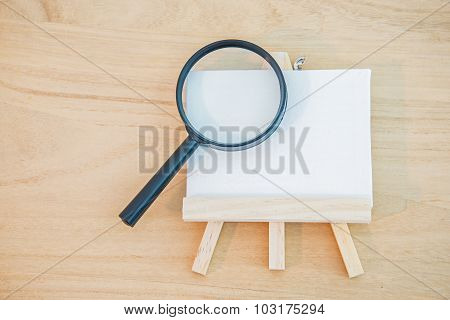 White Canvas Art Board With Magnifier Glass