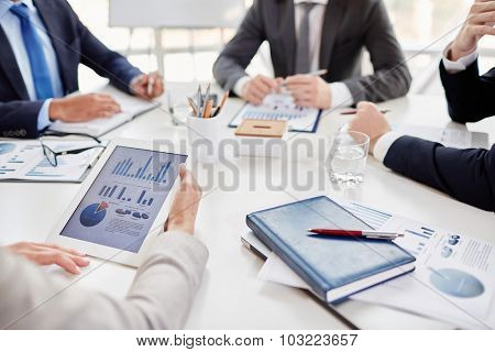 Touchpad with data held by employee and other objects at workplace