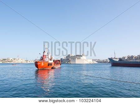 Red Tanker Sacro Cuor