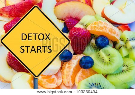 Yellow Roadsign With Message Detox Starts
