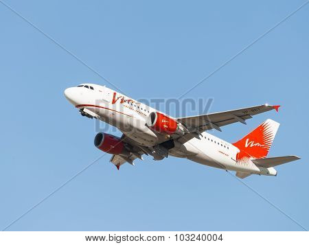 Red And White Airbus A319 Vim Airlines