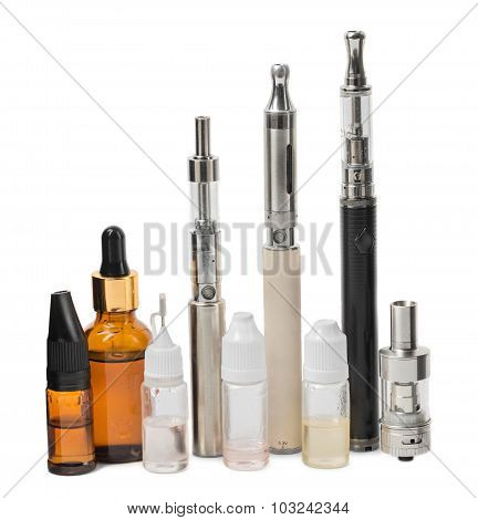 Various modern electronic cigarette vaporizers.