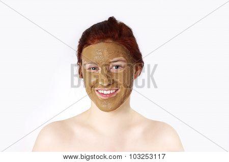 healing clay face mask