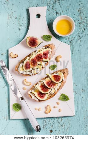 Sandwich With Soft Cheese, Figs And Honey - Delicious Appetizer With Wine, Healthy Breakfast Or Snac