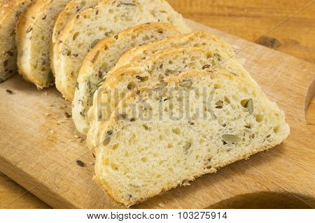 Sliced Integral Bread With Seeds