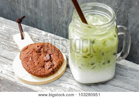 Iced Green Tea Latte And Chocolate Cookies
