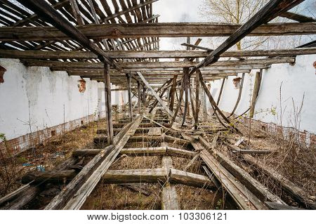 Abandoned House In Belarusian village. Chornobyl disasters.