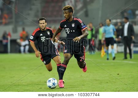 Kingsley Coman (r) And Juan Bernat (l) During The Uefa Champions League Game Between Olympiacos And