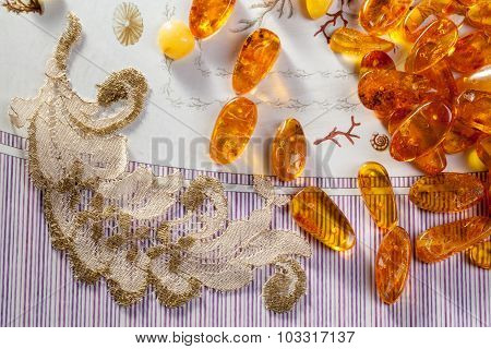 Yellow Amber Stones And Old Lace.