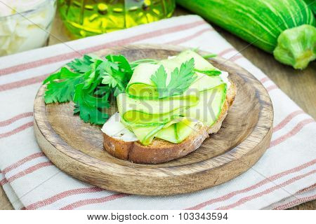 Soft Cheese And Zucchini Bruschetta