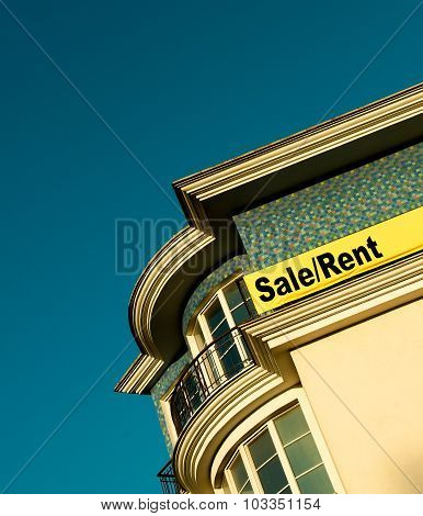 Sign Sale/rent Luxury Apartments