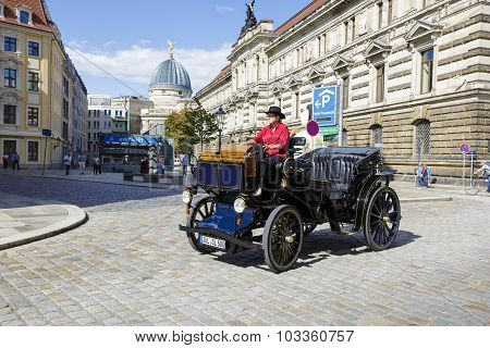 Old-fashioned Car In Dresden