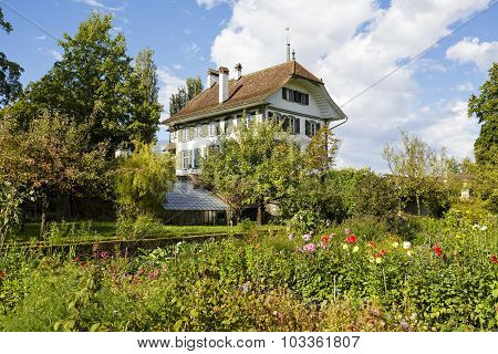Wittigkofen Palace In Bern