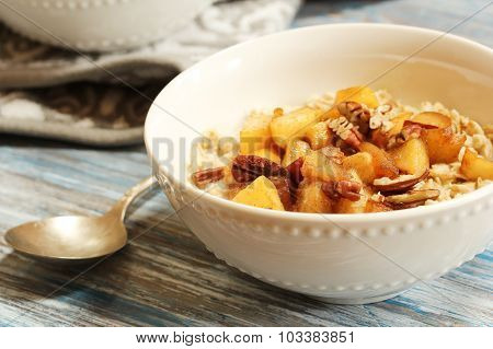Cooked rolled oats with Caramalized Apple