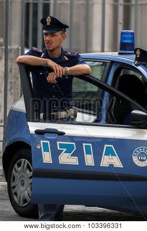 Italian State Police Trooper