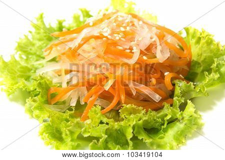 Green Lettuce, Pickled Carrot And Daikon
