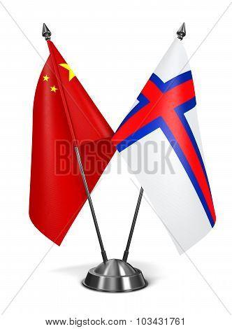 China and Faroe Islands - Miniature Flags.