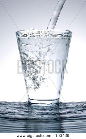 Agua fría