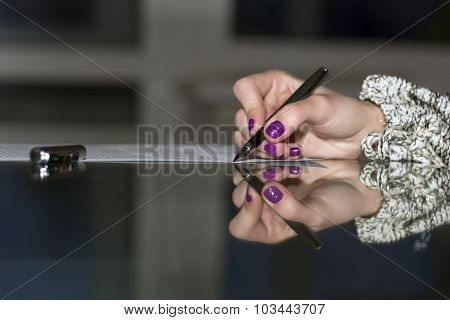 Lady signs contract
