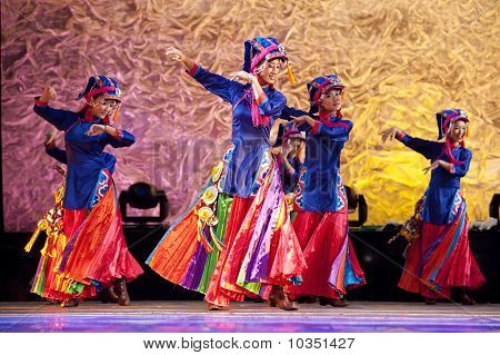 chinese Tibetan ethnic dance