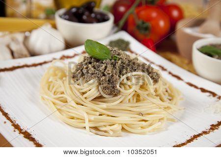 Delicious italian pasta with pumpkin pesto
