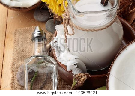 Coconut And Milk , Oil Coco For Organic Healthy Food And Beauty Spa.