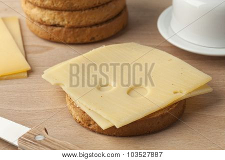 Beschuit with Dutch cheese for breakfast