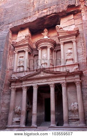 Al Khazneh, The Treasury Of Petra Ancient City, Jordan