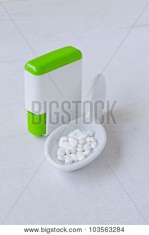 Stevia Pills. Natural Sweetener.