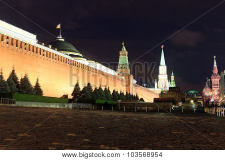Kremlin Wall, Senate And Senate Tower, Nikolskaya Tower And Lenin's Mausoleum In Red Square, Moscow,