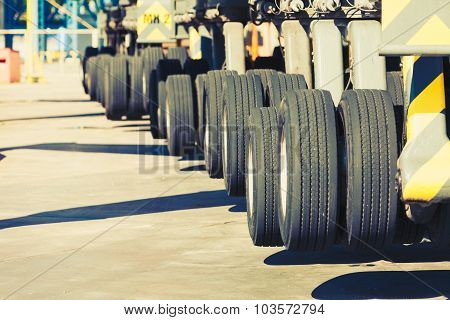 Heavy Vehicle Big Wheels
