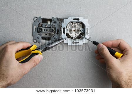 Installing Ac Power Socket