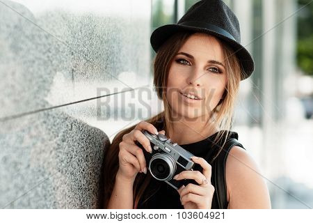 Girl  With The Retro Styled Mirrorless Digital Camera