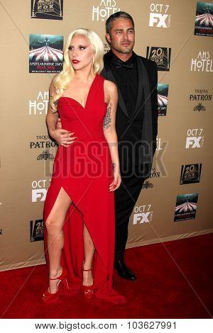 LOS ANGELES - OCT 3:  Lady Gaga, Taylor Kinney at the