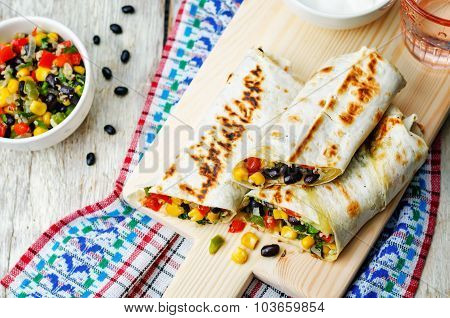 Pepper Corn Black Bean Quinoa Burritos