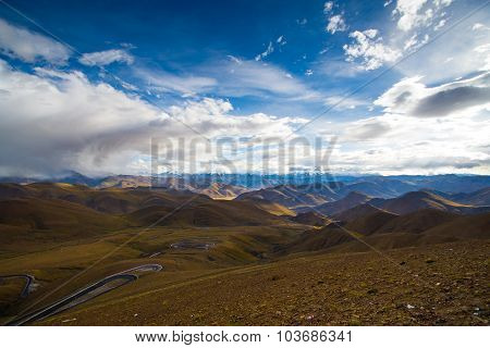 Beautiful landscape on the way to Everest base camp in Tibet, China