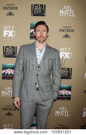 LOS ANGELES - OCT 3:  Kevin Durand at the