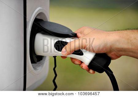 Plug-in Alternative Fuel Concept