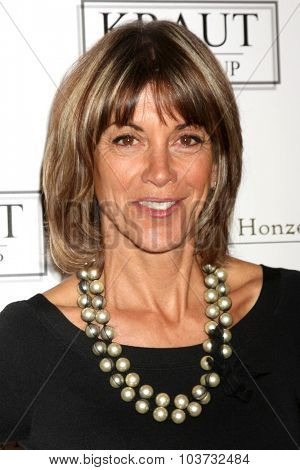 LOS ANGELES - OCT 4:  Wendie Malick at the Best In Drag Show at the Orpheum Theatre on October 4, 2015 in Los Angeles, CA