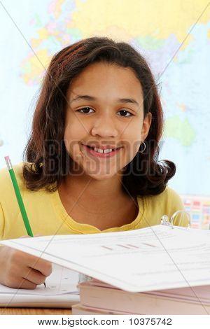 Kind auf weißem Hintergrund