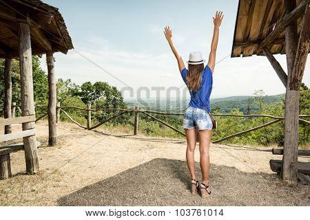 Cheerful Travel