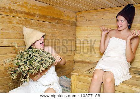 Girls Is Taking Steam-bath